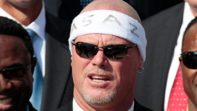 Former Chicago Bears quarterback Jim McMahon, shown here in 2011, was part of the concussion-related lawsuits against the NFL.