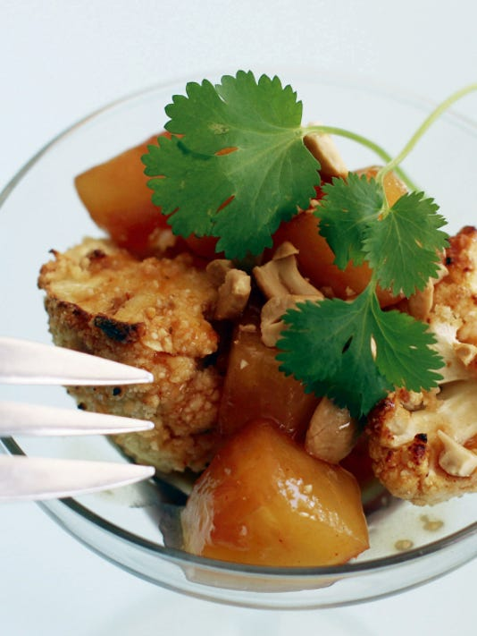 Sweet and sour cashew cauliflower is a healthier, vegetarian take on a take-out favorite.