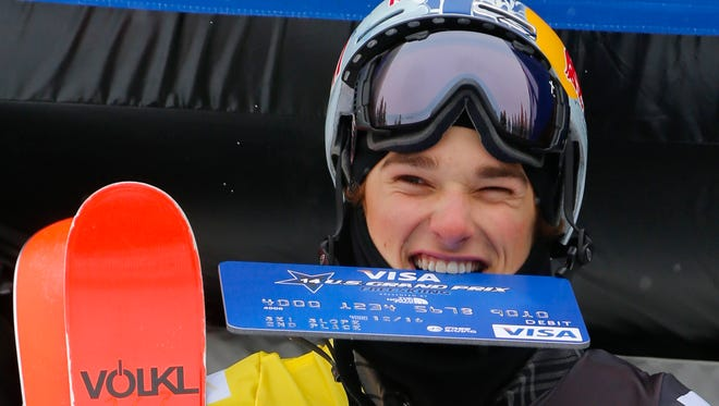 Nick Goepper leads the ski slopestyle Olympic field despite learning on the 400-foot hills of Indiana.