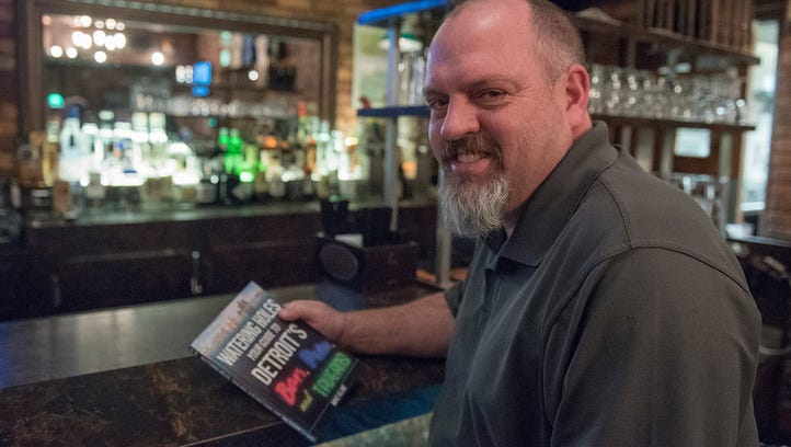 He went to how many bars? Author pens Detroit watering hole guide