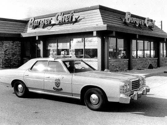 This is the Burger Chef restaurant at 5725 Crawfordsville