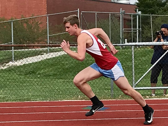 Ridgedale's Garrett Metzger fires out of the blocks