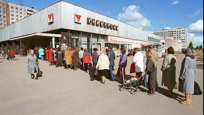 Lining up at a food store in Leningrad, Soviet Union, in 1991.