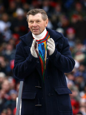Former Chicago Blackhawk and Hall of Famer Stan Mikita