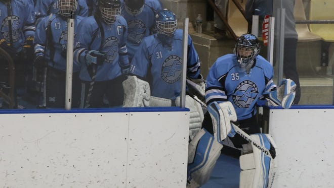 Goalie Jared Moss, who led Mahwah onto the ice for the 2016 Public B state semifinals, is helping the Thunderbirds handle high expectations this season.