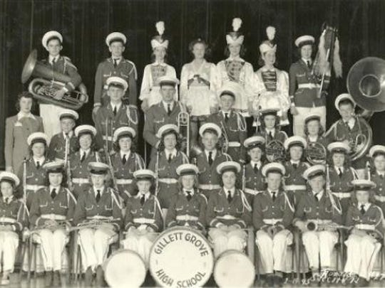 A 1942 picture of the Gillette Grove High School (Clay County) school band.