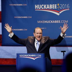 Former Arkansas governor Mike Huckabee speaks to supporters on May 5, 2015, in Hope, Ark.