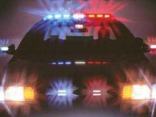 635821537602363515-PoliceLights2