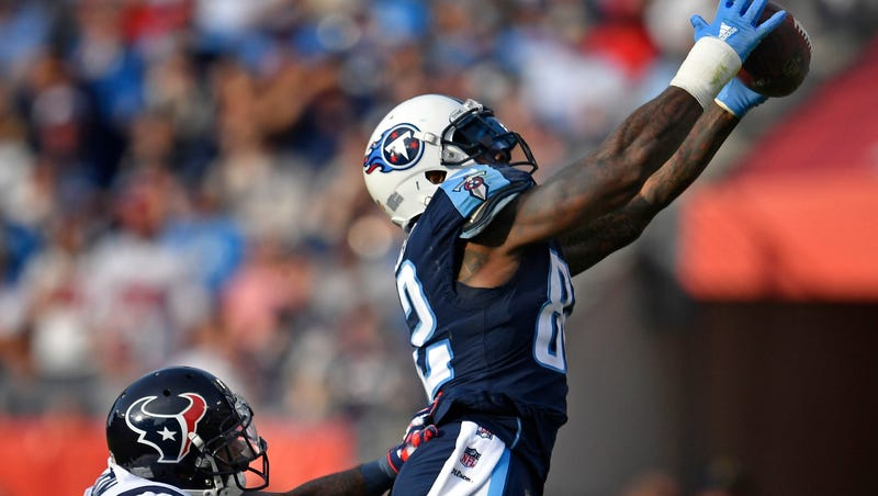 e56720e5 Titans tight end Delanie Walker — double-covered, ailing, underrated