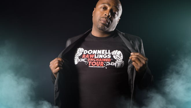 Comedian Donnell Rawlings will perform at Off the Hook Comedy Club in North Naples this weekend.