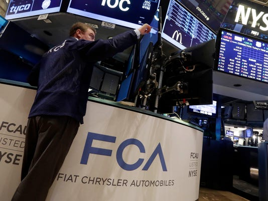Financial Markets Wall Street Fiat Chrysler Stock (3)