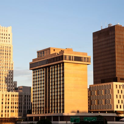 Additional nonstop service between Akron, Ohio, and