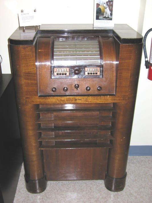RCA 813K.JPG