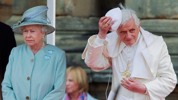 Queen Elizabeth and Pope Benedict at the Palace of