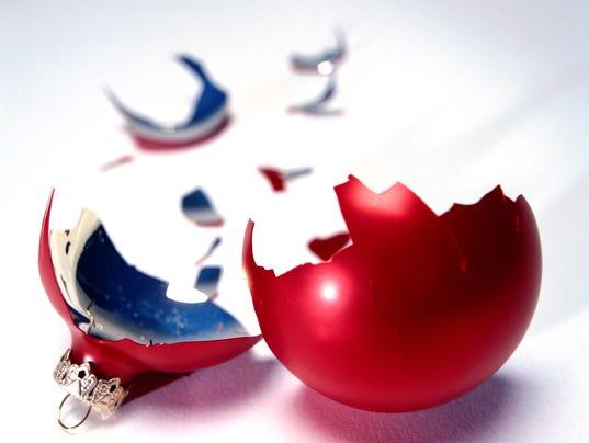 XXX YOUR LIFE LS018009 STOCK CHRISTMAS BALL 11269.JPG A FEA