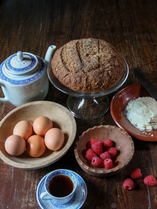 how to bake colonial bread Brown bread, known outside new england as boston brown bread, was traditionally served with boston baked beans it's also pretty good with cream cheese and jam for breakfast or afternoon tea as with many regional foods, boston brown bread traveled beyond new england.