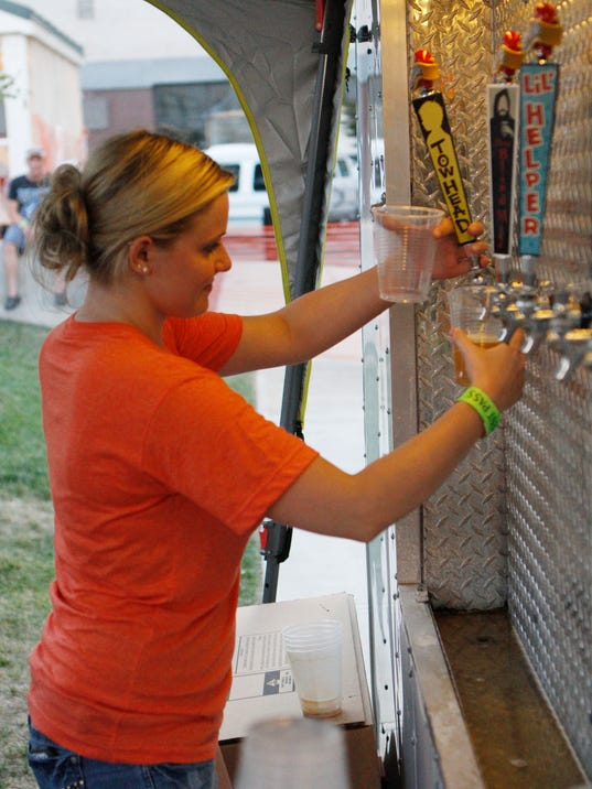 -SNLBrd_07-22-2012_NewsLeader_1_B001~~2012~07~21~IMG_beer.jpg_1_1_5M1TGJ6S~I.jpg