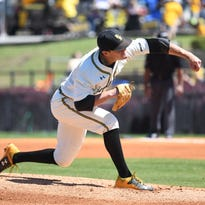 Stevie Powers strikes out 12 in Southern Miss' 9-1 win over Middle Tennessee