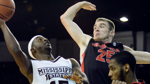 Mississippi State guard I.J. Ready (15) shoots against