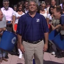 Lightning Chairman and Governor Jeff Vinik accepted the Ice Bucket Challenge to support ALS research -- with the help of Head Coach Jon Cooper and Lightning CEO Steve Griggs.