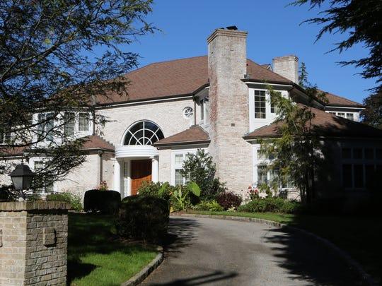 The Botswana diplomatic residence on Sheldrake Road in Scarsdale