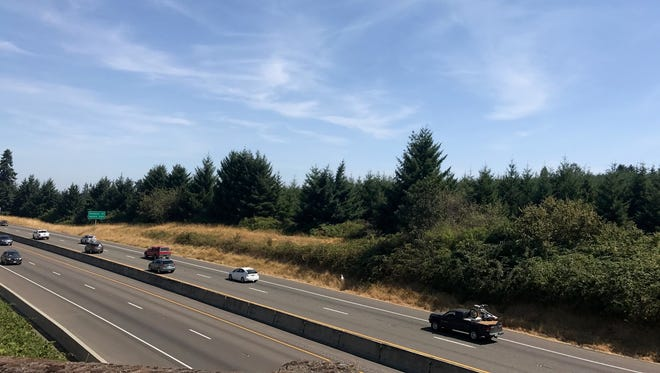 Interstate 5 south of the Kuebler Exit in Salem, around noon.