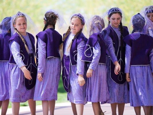 PNI 0419 Armenian genocide-Sunday
