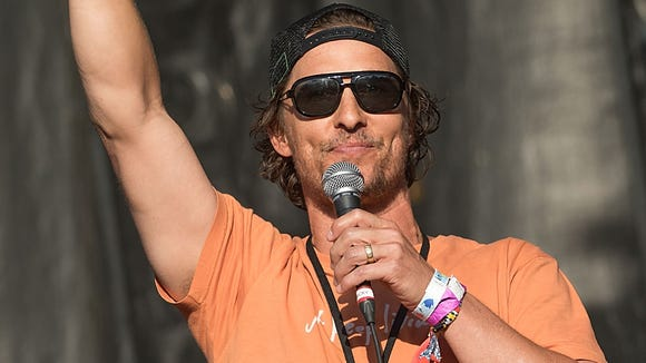 Matthew McConaughey introduces Willie Nelson  during