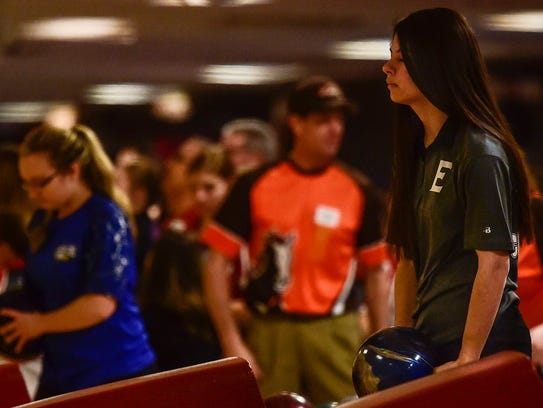 Elgin's Bryanna Carmichael gets ready to roll during the Division II state championships at Wayne Webb's Columbus Bowl.