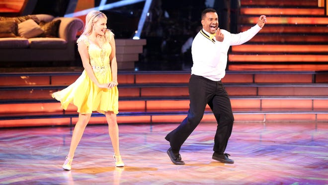 Pro dancing Witney Carson and Alfonso Ribeiro do 'The Carlton' in October 2014.