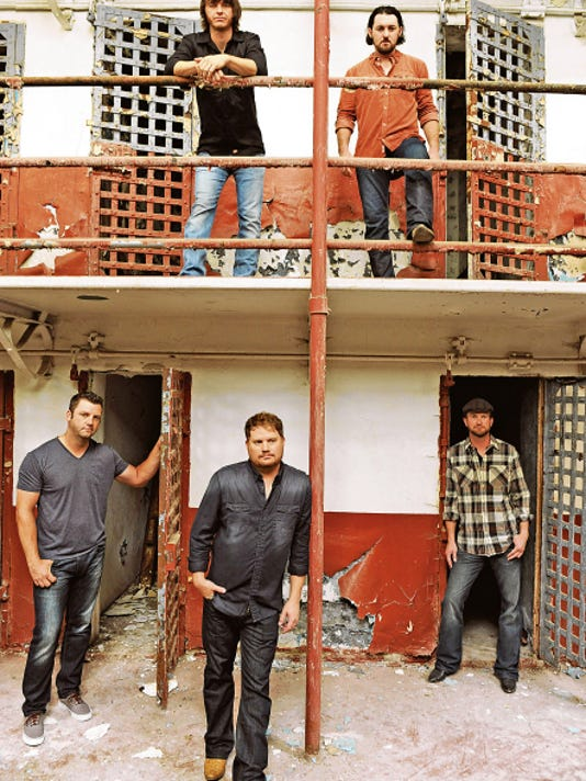 The Randy Rogers Band returns to Las Cruces and is headed to Whiskey Dicks on Aug. 27.