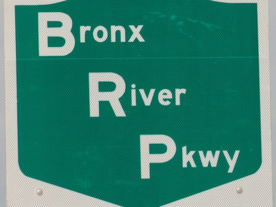 Bronx River Parkway road sign.