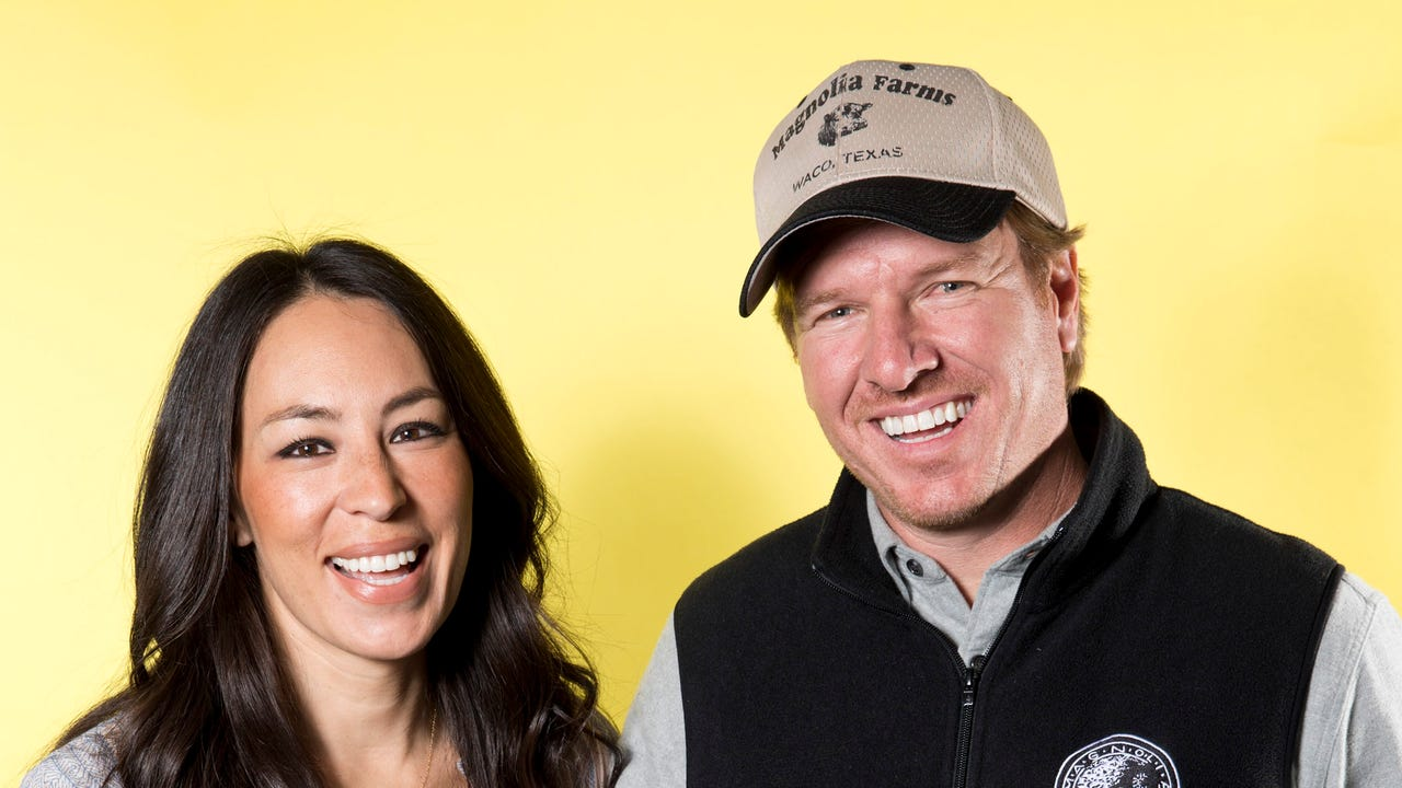 39 fixer upper 39 hosts 39 lgbt controversy. Black Bedroom Furniture Sets. Home Design Ideas