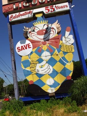 """Calico the """"Evil Clown"""" was originally built to advertise Joseph Azzolina's Food Circus store, the predecessor to the Foodtown supermarket chain. Calico would be protected according to plans to develop a town center nearby."""