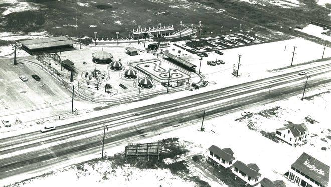 Jolly Roger Amusement Park in 1964.