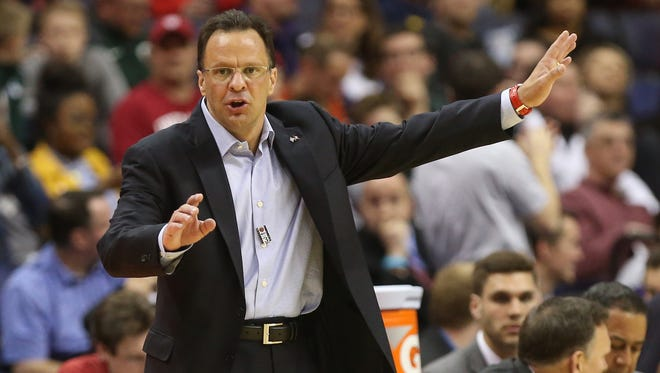 Mar 9, 2017; Washington, DC, USA; Indiana Hoosiers head coach Tom Crean gestures from the bench against the Iowa Hawkeyes in the second half during the Big Ten Conference Tournament at Verizon Center. The Hoosiers won 95-73.