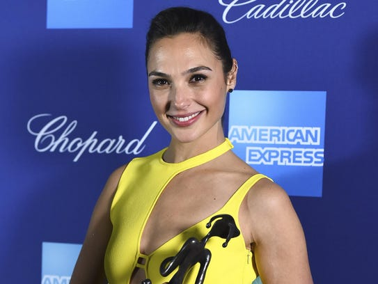 Gal Gadot poses with the rising star award-actress
