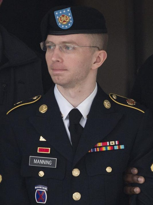 9a1239992434 Lawyer  Treat leaker Manning at military facility
