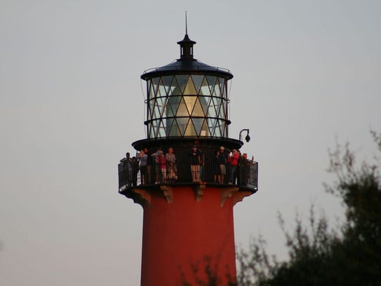 LIGHTHOUSE SUNSET TOUR - Take in a spectacular sunset