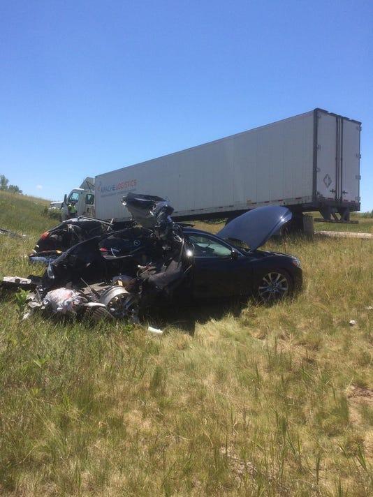 636059869338512103-crash.jpg