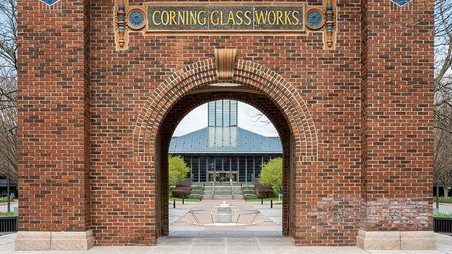 Corning Inc. reported better earnings than expected during a rough period.