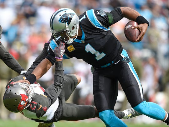 APTOPIX_Buccaneers_Panthers_Football_39252.jpg