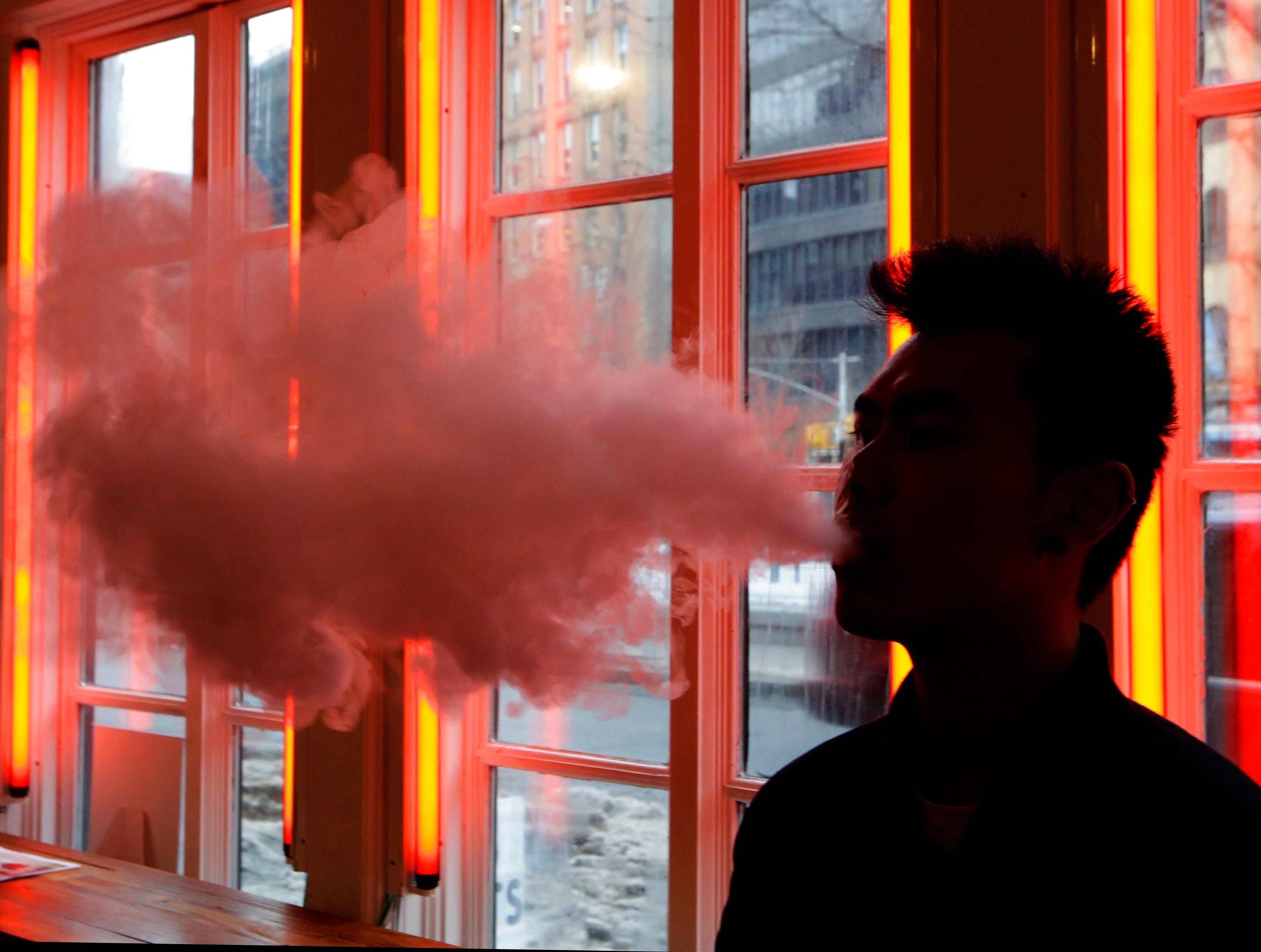 E cig into vaporizer