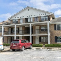 Colony House Apartments on Scenic Highway to be auctioned March 8