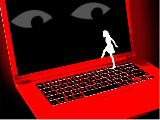 computer-girl-promos