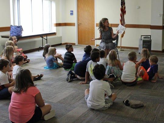 Frankel Reads to Kids