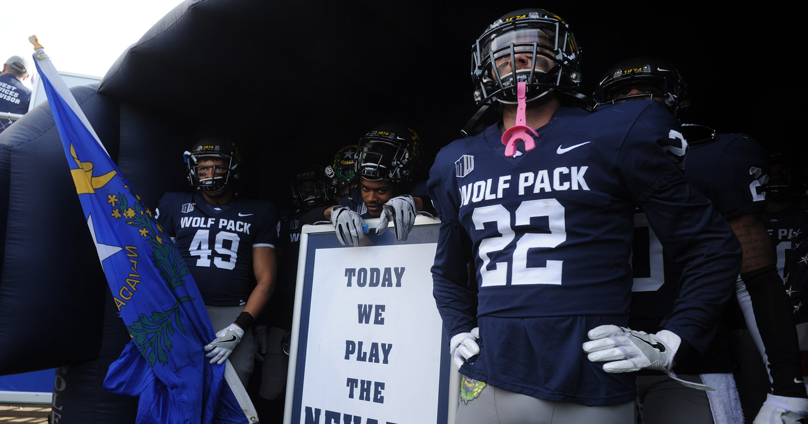 the best attitude 374d0 e576a Breaking down UNR Wolf Pack's 2018 schedule
