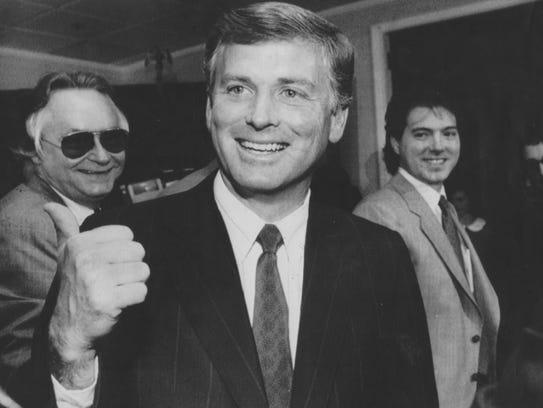 Vice President Dan Quayle, 1990