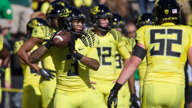 Sep 19, 2015; Eugene, OR, USA; Oregon Ducks quarterback Vernon Adams Jr. (3) throws the ball before the game against the Georgia State Panthers at Autzen Stadium. Mandatory Credit: Scott Olmos-USA TODAY Sports
