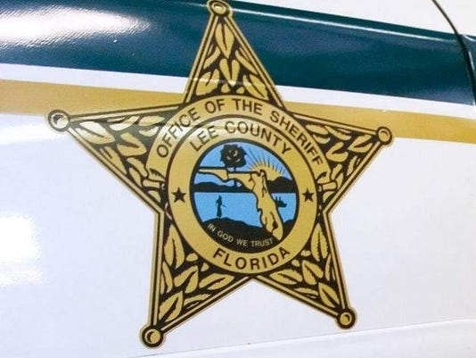 635688598403118199-LCSO-Lee-County-Sherrifs-Office-car-logo